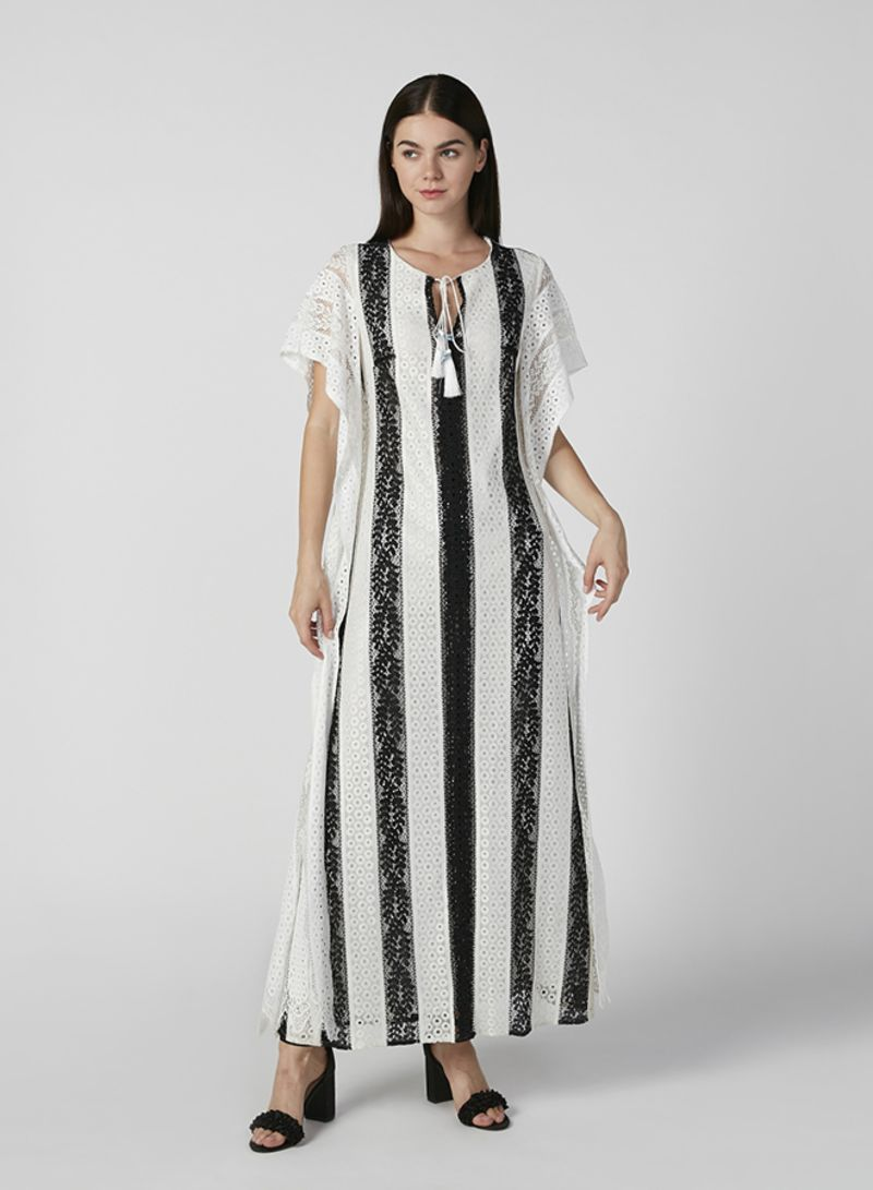 Lace Detail Maxi A-line Dress With Extended Sleeves And Tie Ups Cream