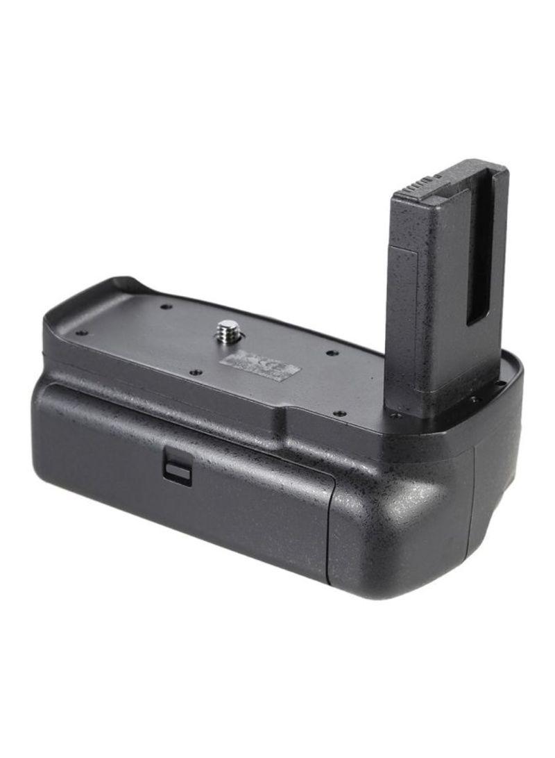 BG-2F Vertical Battery Grip Holder For Nikon D3100/D3200/D3300 DSLR Camera Black